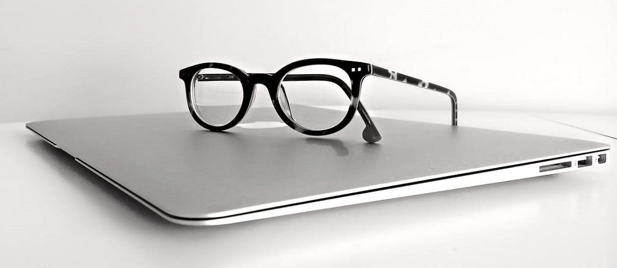 macbook-laptop-computer-technology-159417
